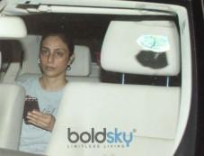 Tabu Spotted At Bandra Photos