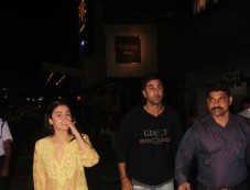 Alia Bhatt And Ranbir Kapoor At PVR For 'Padmaavat' Photos
