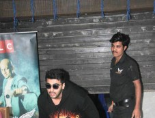 Arjun Kapoor Spotted At Hakim Aalim Salon In Bandra Photos