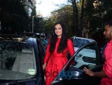 Dia Mirza Spotted At Salon Photos