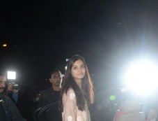 Diana Penty Spotted At Bandra Photos