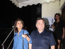 Neetu Kapoor And Rishi Kapoor Spotted At PVR Juhu Photos