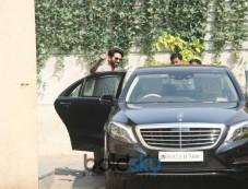 Shahid Kapoor And Wife Mira Rajput At Gym In Bandra Photos