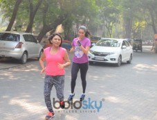 Shraddha Kapoor Spotted Jogging On The Streets In Mumbai Photos