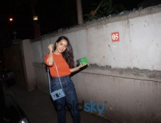 Shraddha Kapoor Spotted At Wishing Her Manager's Birthday At Vile Parle Photos