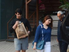 Twinkle Khanna Spotted With Son In Juhu Photos