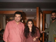 Vidya Balan With Siddharth Roy Kapoor Spotted At Sequel In Bandra Photos