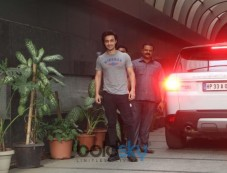 Aayush Sharma Spotted At Gym Bandra Photos