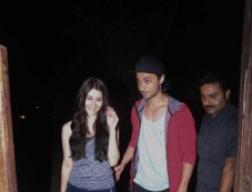Aayush Sharma And Warina Hussain Spotted At Dance Class In Bandra Photos