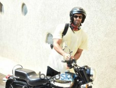 Aditya Roy Kapoor Spotted At Gym In Bandra Photos