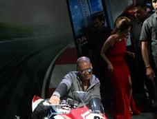 Akshay Kumar At Honda Event At Auto Expo In Noida Photos