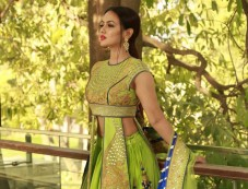 Designer Reynu Taandon SS'18 Bridal And Wedding Collection With Actress Sana Khan Displaying The Out Photos