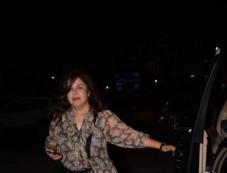 Farah Khan Spotted At Kromakay Juhu Photos