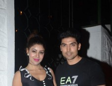 Gurmeet Choudhary And Debina Choudhary Celebrate Wedding Anniversary At Korner House In Bandra Photos