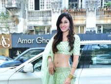 Hue Launches Sumona Couture Bridal Pop Up With Pooja Chopra Photos