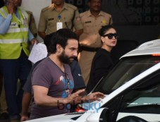 Kareena Kapoor, Saif Ali Khan, Karisma Spotted At Airport Photos