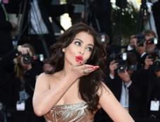 Aishwarya Rai Bachchan's Top 12 looks from the Cannes Film Festival Photos