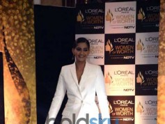 Sonam Kapoor At 'Women of Worth 2016' Awards