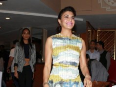 Akshay Kumar, Jacquline Fernandez And Lisa Haydon At Club Mahindras Meet