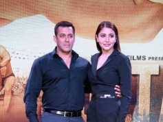 Salman Khan, Anushka Sharma Launch Sultan Trailer In Mumbai