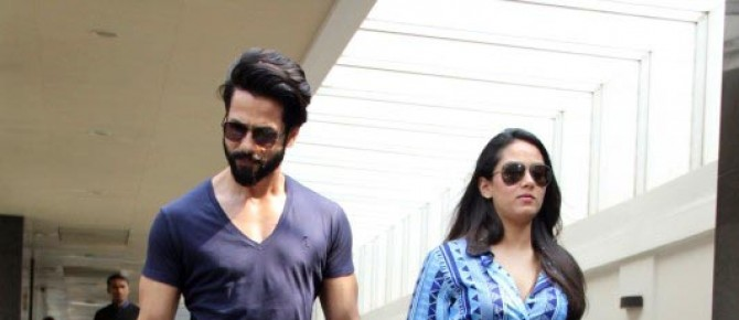 Lovely Couple Shahid And Mira Spotted At Bandra