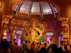 A 12 ft idol of Lord Ganesha using