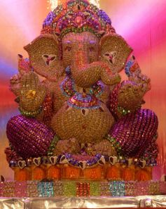 Used 15,000 thousand chocolates to make 7 1/2 ft Ganesh Idol