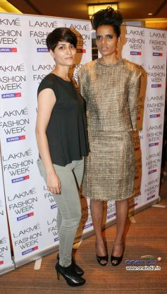 Bollywood Celebrities at LFW 2012