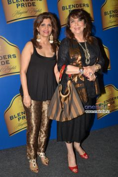 Zarine Khan Spotted with her friend