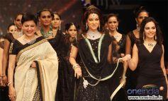 Vijaya Kapoor, Juhi Chawla and Soumya Khurana