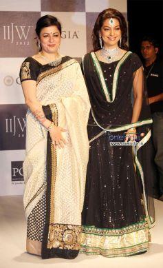 Vijaya Kapoor and Juhi Chawla
