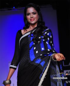 Sameera Reddy Ramp Walk at LFW 2012 Day 05