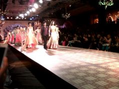 The final walk of Designer Manish Malhotra show