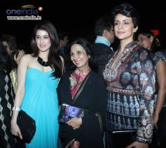 Mandira bedi,Zareen and others