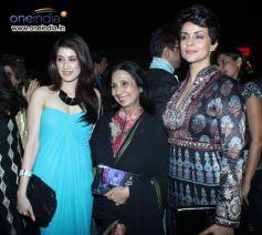 Mandira bedi,Zareen and others