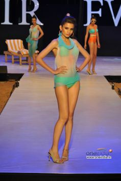 Model  in Designer Nidhis  dress