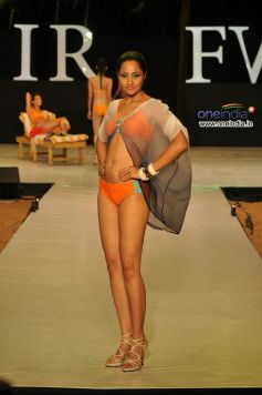 India Resort Fashion Week 2012- Day 1