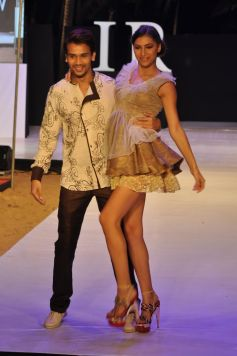 Models for designer Riyaz Gangji  at IRFW 2012, Goa