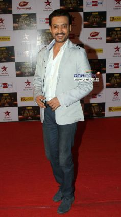 Irrfan Khan At Big Star Entertainment Awards 2012