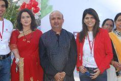 Actress nishigandha, lyricist sameer, Dr Sunita Dube
