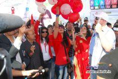 Dr. Sunita & Rakhi Sawant leave the balloons