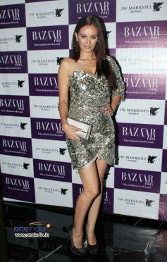 Evelyn Sharma at Harper's Bazzar Bash 2012