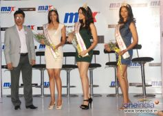 C.S. Shekhar, President, Retail Operations, Max & Femina Miss India winners