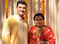 Vidya Balan And Siddharth Roy Kapur In Wedding Dress