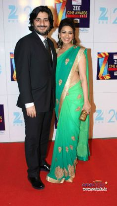 Bollywood Celebs at Zee Cine Awards 2013