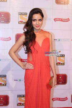 Shazahn Padamsee at Stardust Awards 2013