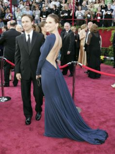 Hilary Swank In Guy Laroche. 2005