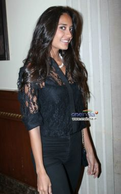 Lisa Haydon at The Foodie Awards 2013