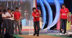 Sachin Tendulkar showing batting techniques