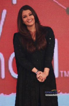 Aishwarya Rai at NDTV Support My School campaign